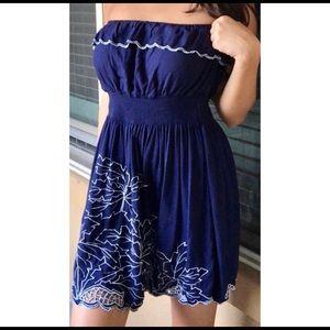 Gianni Bini strapless dress. Size L.